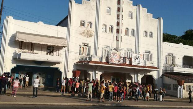 La agencia de venta de pasajes de la calle 41 esquina a 30 en La Habana. (14ymedio)