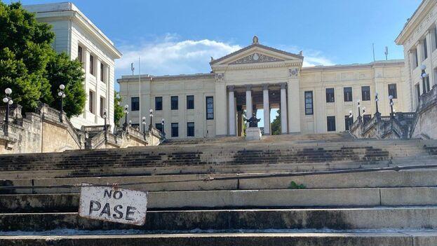 Las autoridades cubanas suspendieron las clases en todas las enseñanzas en marzo pasado como parte de las medidas de enfrentamiento al covid-19. (14ymedio)