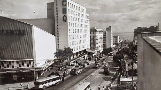 Una calle de La Habana republicana. (CC)