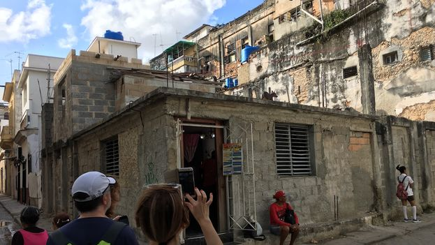 Aspira Cuba a recibir cinco millones de visitantes este año — Turismo