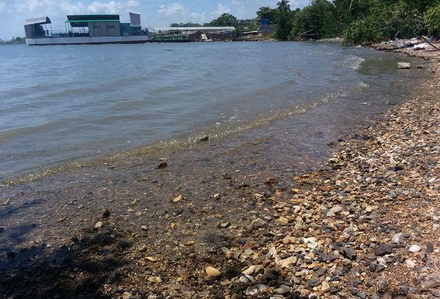 La más 'democrática' de las playas camagüeyanas padece de un crónico descuido. (14ymedio)