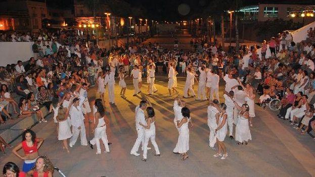 El reto del nuevo espacio, que comenzó este fin de semana, es diferenciarse de su antecesor Sonando en Cuba, y trascender la mera competencia coreográfica. (Redes)