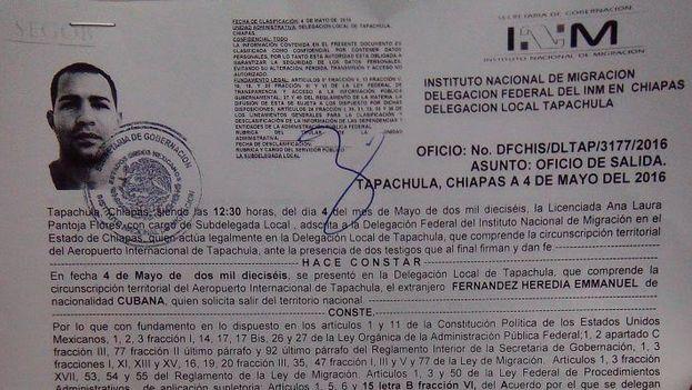 """El documento de  """"oficio de salida"""" que siguen recibiendo los migrantes cubanos de parte de las autoridades mexicanas."""