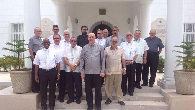 Los obispos cubanos encomendaron el nuevo Gobierno a la Virgen de la Caridad. (COCC)