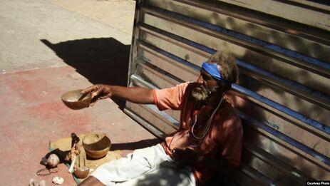 Por décadas, los artículos sobre personas sin techo han salido publicados exclusivamente en la prensa independiente. (Radio Televisión Marti)