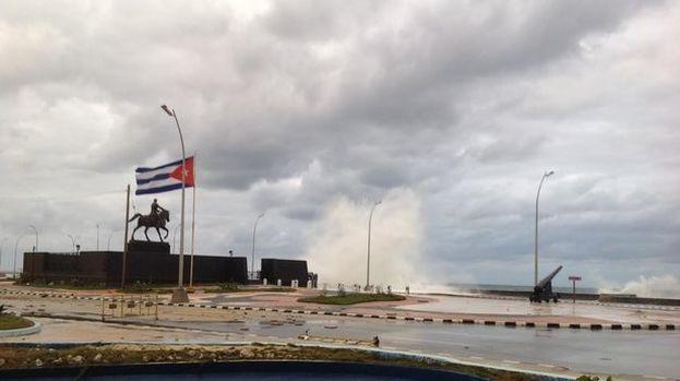 Las últimas inundaciones costeras por el paso de Irma afectaron seriamente al monumento. (14ymedio)