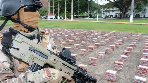 Decomisan cargamento de droga en Panamá con valor de 90 mdd