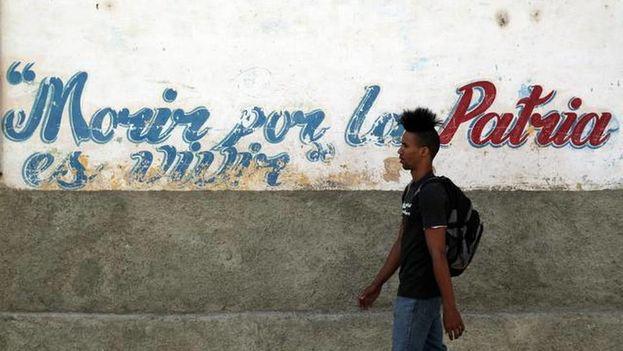 joven cubano, consigna, morir por la patria