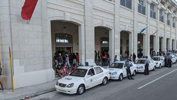 Mercado de Cuatro Caminos recesa sus servicios hasta la próxima semana
