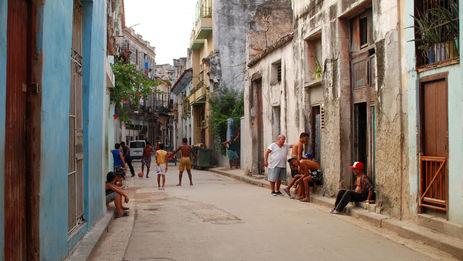 A punto de cumplir su primer medio milenio, La Habana es muchas ciudades en una. (Aris Gionis)