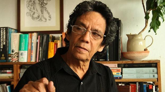 El periodista de '14ymedio', Reinaldo Escobar. (Youtube)