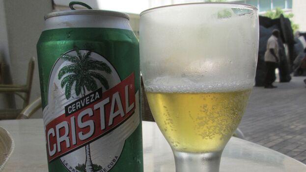 """Las cervezas está reguladas con precios 'topados' en el sector privado de La Habana pero solo en cafeterías y los locales """"panaderos-dulceros"""". (S. Rees/Flickr)"""
