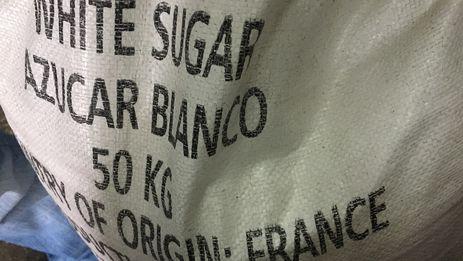 El azúcar que este mes de septiembre se ha distribuido por la canasta básica del mercado racionado proviene de Francia. (14ymedio)