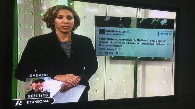 En la televisión nacional, una locutora vestida de negro habla sobre la muerte de Fidel Castro. (14ymedio)