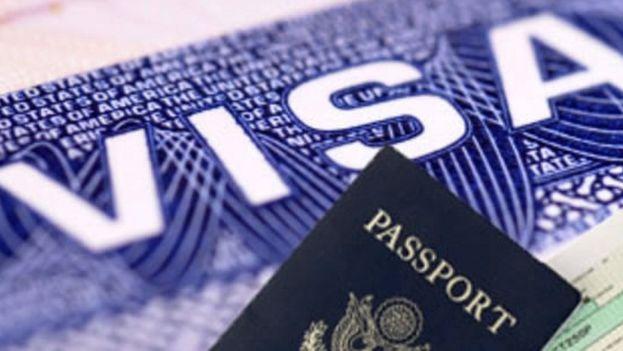 Los visados de turismo a Estados Unidos son muy solicitados en Cuba. (CC)