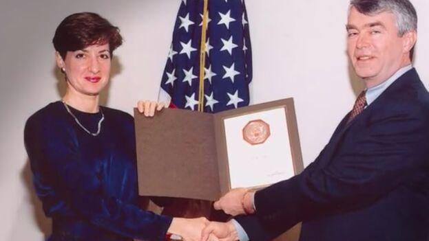 Ana Belén Montes, exanalista de la DIA, era agente cubana.