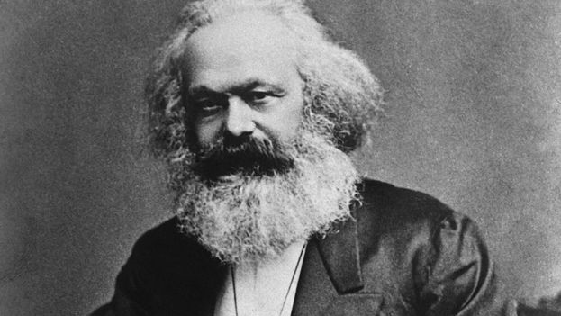 Carlos Marx teoriza una sociedad que superará al capitalismo, pero sin echar a un lado los incuestionables logros de este.