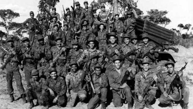 Combatientes de la batalla de Cuito Cuanavale, llevada a cabo entre 1987 y 1988 en Angola. (Archivo)