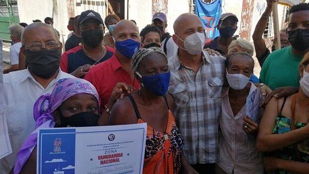 Gerardo Hernández Nordelo destacó la labor de las personas mayores en los CDR. (Facebook)