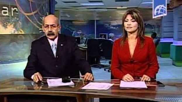 Informativo de la televisión cubana, con Rafael Serrano al frente