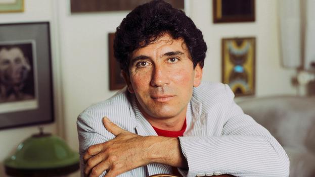 En México, Arenas es mejor conocido por la premiada actuación de Javier Bardem en 'Antes que Anochezca', película sobre la vida del autor. (lgbthistorymonth)