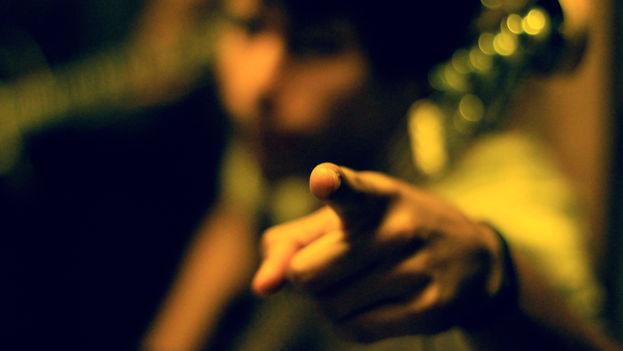 Muchas palabras han sido sustituidas por gestos entre nosotros (Foto Silvia Corbelle)