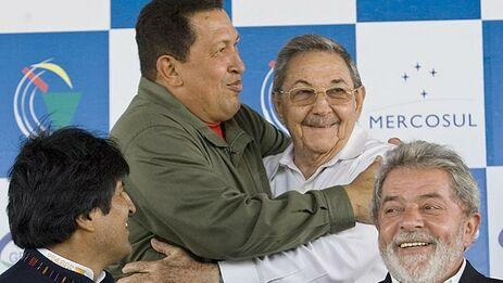 La izquierda latinoamericana continúa desmoronándose, de la imagen, uno sigue siendo presidente y otro ha podido dejar a un sucesor fiel.