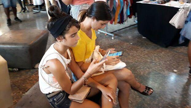 las nuevas tecnologías no solo han facilitado la eclosión y proliferación de sitios de innegable calidad y variedad en Cuba, cuya desaparición sería, ciertamente, una pérdida importante de espacios duramente ganados. (14ymedio)