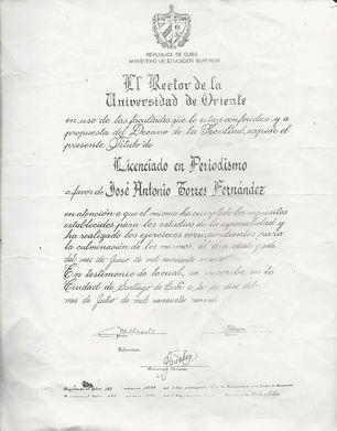 Diploma de periodista de Antonio Torres