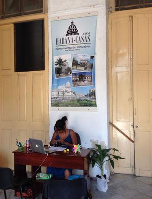 Inmobiliaria en La Habana. (14ymedio)