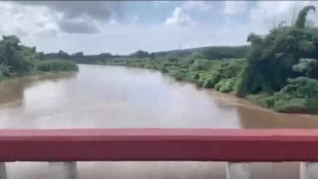 Algunos ríos, como el Caracusey, han estado desbordados y cuatro presas han tenido que abrir al rebasar sus niveles de aguas normales. (Cortesía)