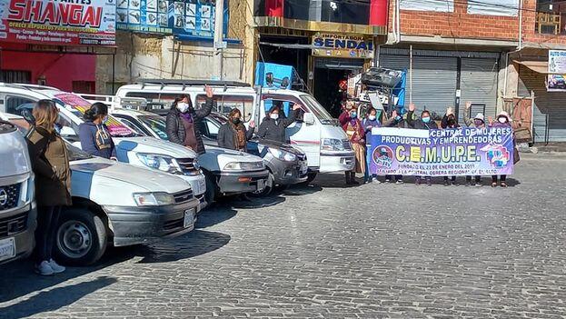 La Central de Mujeres Productivas y Emprendedoras de El Alto está impulsando este transporte que comenzará a funcionar en octubre. (Facebook)