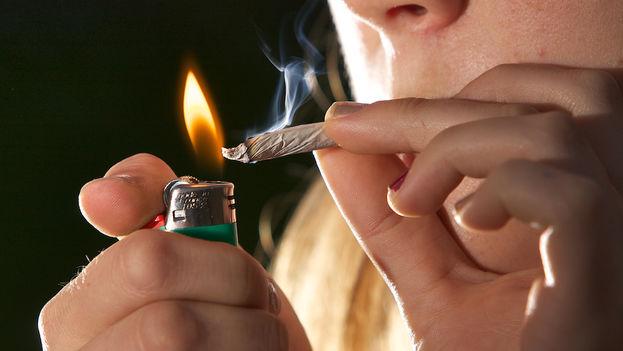 Cerca de 3 de cada 10 personas en EE UU utilizan marihuana hasta el punto de ser considerada una adicción. (CC/Flickr)