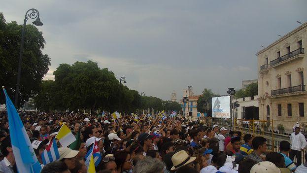 Encuentro de papa Francisco con los jóvenes de la Cátedra Félix Varela y la FEU este domingo en La Habana. (Manuel Mons/14ymedio)