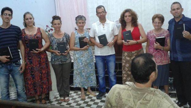 Escuela Bíblica de Verano en la que se repartieron gratuitamente 80 ejemplares de la Biblia. (Cortesía de Mario Félix Lleonart)
