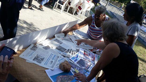 Feria por el dia de la prensa cubana en La Habana. (14ymedio)