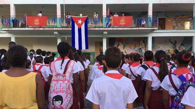 Inicio del curso escolar en La Habana. (14ymedio)
