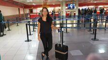 Nuestra colega, Luz Escobar, tuvo que quedarse en tierra por orden de las autoridades migratorias, que le impiden salir de Cuba. (14ymedio)