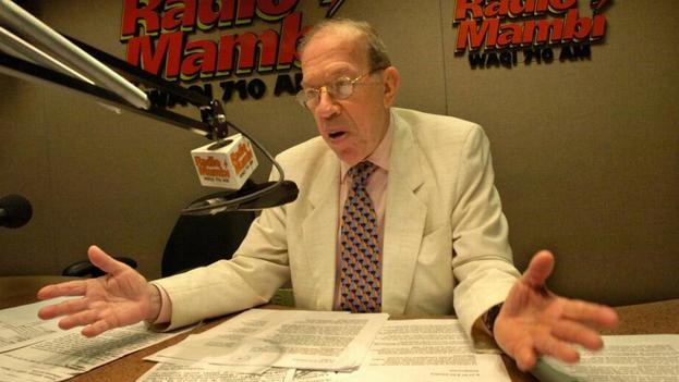 Este lunes falleció en Miami el comentarista radial Armando Pérez Roura, a los 92 años. (Miami Herald)