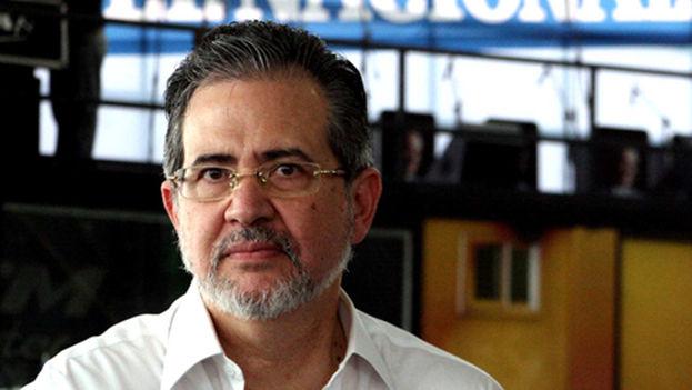 Miguel Henrique Otero, director de 'El Universal' tiene prohibido abandonar el país