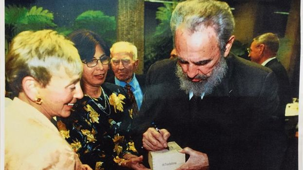 Según RR Auction, desde los inicios de la década de los años 80 los Trinidad de vitola Fundadores se producían exclusivamente para Fidel. (EFE)
