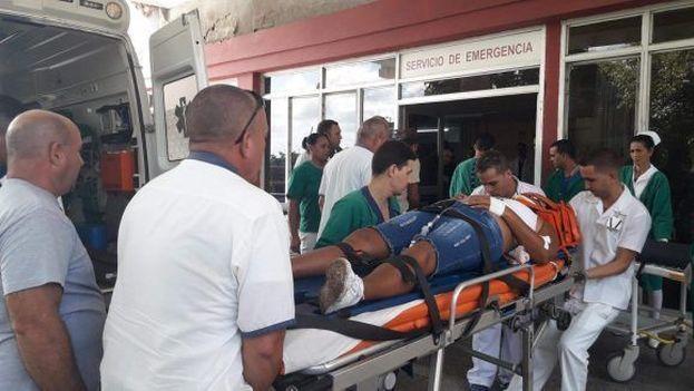 Las víctimas fueron llevadas a los hospitales Abel Santamaría y el pediátrico Pepe Portilla. (Daimy Díaz Breijo/Tele Pinar)