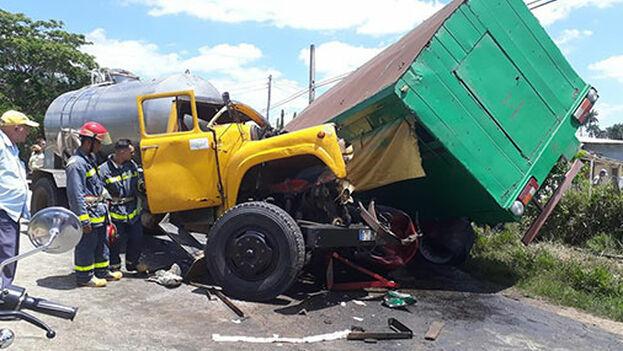 Los lesionados fueron trasladados a los hospitales Abel Santamaría y Pepe Portilla. (Heidy Pérez Barrera/ Guerrillero)
