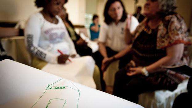 Tallere de prevención y respuesta a la violencia de género de ACNUR con mujeres de Cuba, Haití y Perú. (ACNUR Américas)