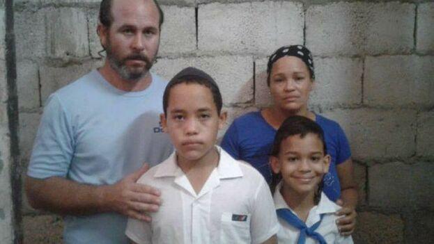 La familia de Tejada fue advertida de las posibles consecuencias que tendría no llevar al menor a clase. (Jerusalem Post)