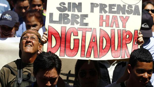 Venezuela ocupa el puesto 143 de los 180 países analizados en el último informe de Reporteros Sin Fronteras sobre libertad de prensa. (EFE)