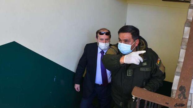 El ministro fue llevado a declarar por el contrato de adquisición a dependencias de la Fuerza Anticrimen. (El Deber)