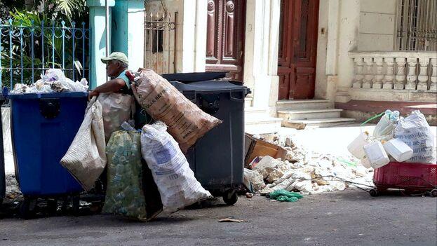 Mientras no exista conciencia sobre los efectos del plástico la región no podrá avanzar en este sentido. (14ymedio)