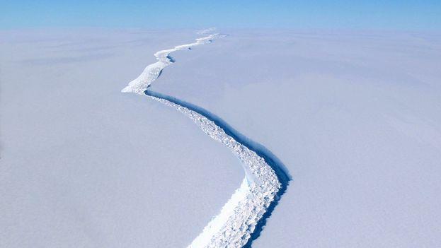 El iceberg tiene una extensión equivalente a un cuarto del territorio del País de Gales o a 55 veces la ciudad de París. (EFE)