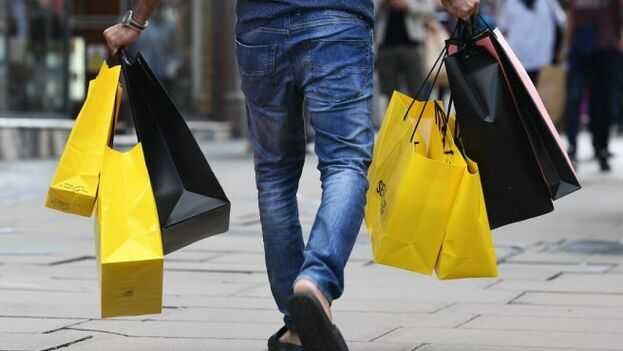 """""""Los especialistas en marketing deben ser muy conscientes de que los consumidores latinx difieren de la población de Estados Unidos"""", dice el estudio."""